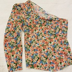 Zara Floral Puff Sleeve Asymmetric Top